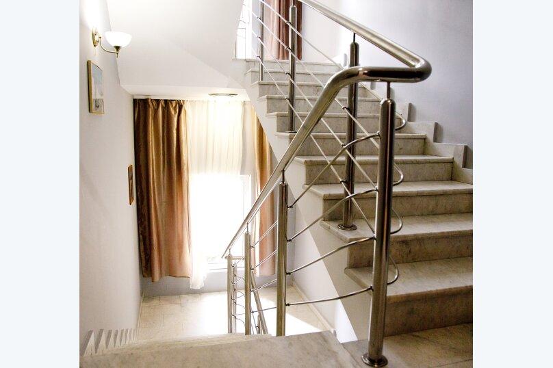 Отель «Утомленные Солнцем», улица Мичурина, 5 на 44 номера - Фотография 14