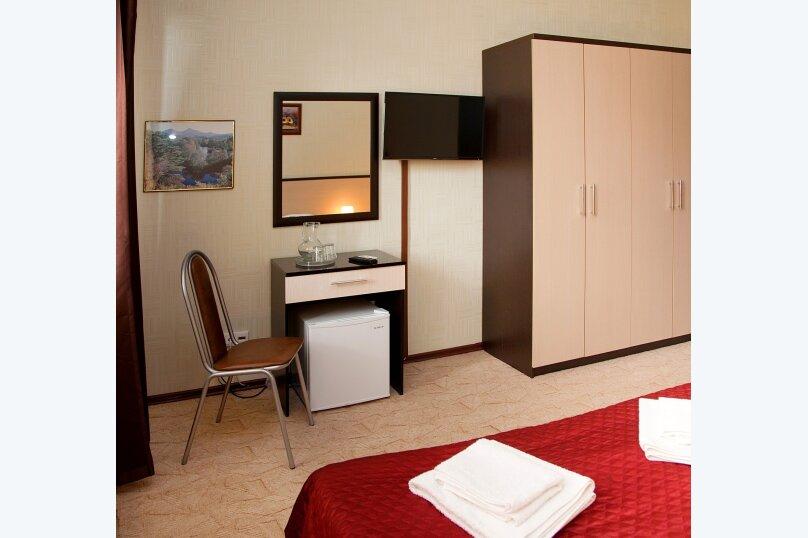 Отель «Утомленные Солнцем», улица Мичурина, 5 на 44 номера - Фотография 64