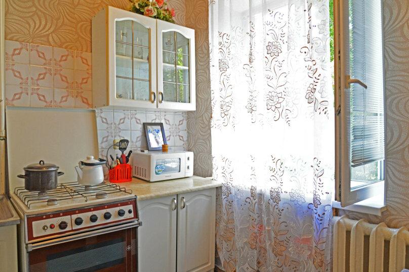 1-комн. квартира, 36 кв.м. на 4 человека, Рабоче-Крестьянская улица, 7, Волгоград - Фотография 9