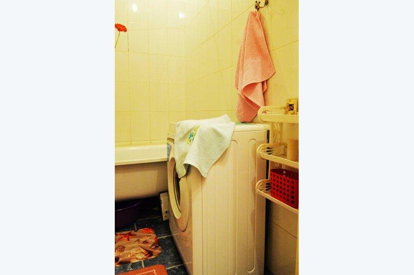 1-комн. квартира, 36 кв.м. на 4 человека, Рабоче-Крестьянская улица, 7, Волгоград - Фотография 10