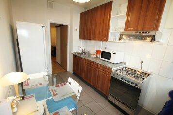 2-комн. квартира, 56 кв.м. на 4 человека, Садовая-Триумфальная улица, 18-20, Москва - Фотография 4
