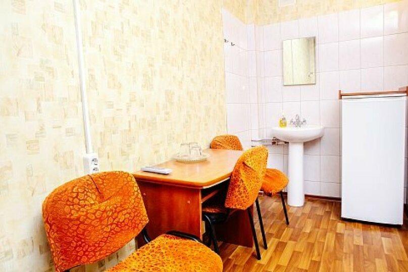 Трехместный эконом класса, бульвар Красных Зорь, 8, Санкт-Петербург - Фотография 5