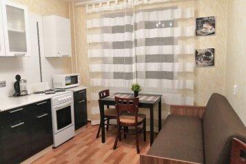 1-комн. квартира, 36 кв.м. на 4 человека, улица Фёдора Абрамова, 18к1, Санкт-Петербург - Фотография 1