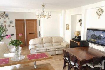 3-комн. квартира, 75 кв.м. на 4 человека, улица Декабристов, 4, Санкт-Петербург - Фотография 1