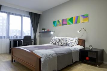 2-комн. квартира, 63 кв.м. на 6 человек, улица Свердлова, 42к3, Мурманск - Фотография 1