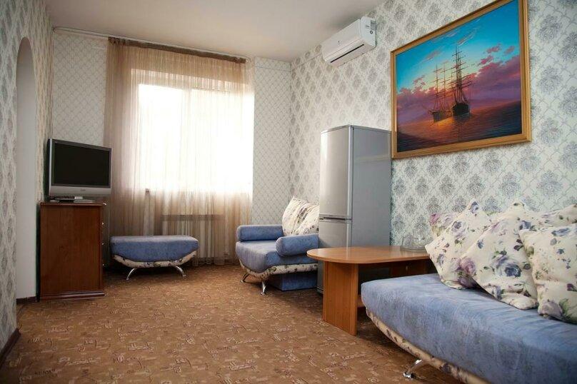 Отель «Утомленные Солнцем», улица Мичурина, 5 на 44 номера - Фотография 29