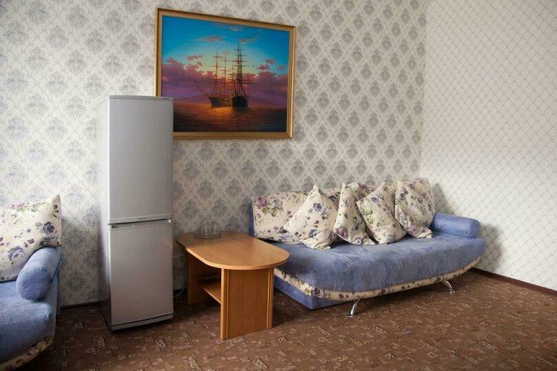 Отель «Утомленные Солнцем», улица Мичурина, 5 на 44 номера - Фотография 30