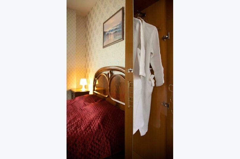 Отель «Утомленные Солнцем», улица Мичурина, 5 на 44 номера - Фотография 34