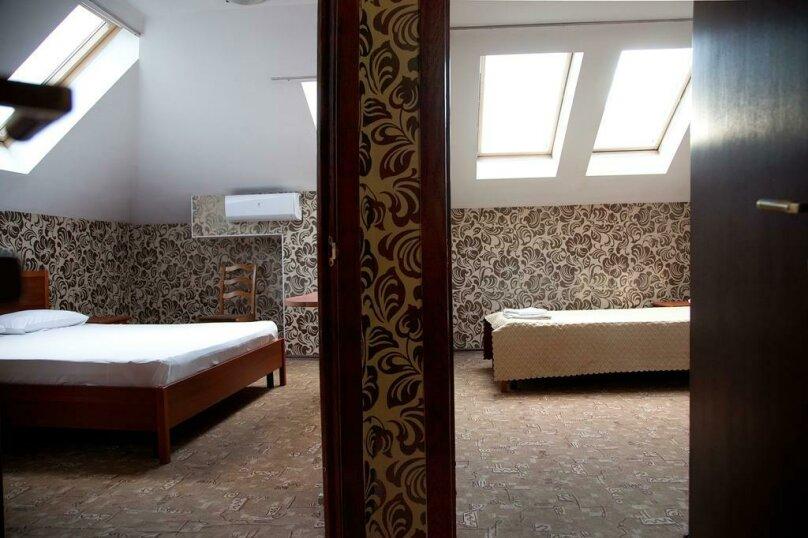 Отель «Утомленные Солнцем», улица Мичурина, 5 на 44 номера - Фотография 17
