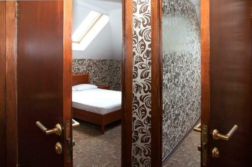 Отель «Утомленные Солнцем», улица Мичурина, 5 на 44 номера - Фотография 20
