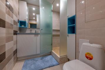 3-комн. квартира, 79 кв.м. на 7 человек, Приморский проспект, 52к1, Санкт-Петербург - Фотография 2