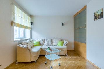 2-комн. квартира, 58 кв.м. на 5 человек, 5-я линия Васильевского острова, 44, Санкт-Петербург - Фотография 4