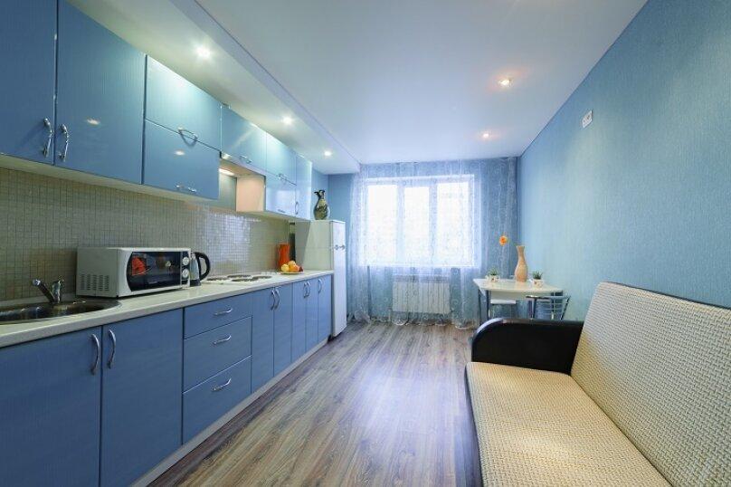 2-комн. квартира, 55 кв.м. на 4 человека, улица Сакко и Ванцетти, 59, Саратов - Фотография 9