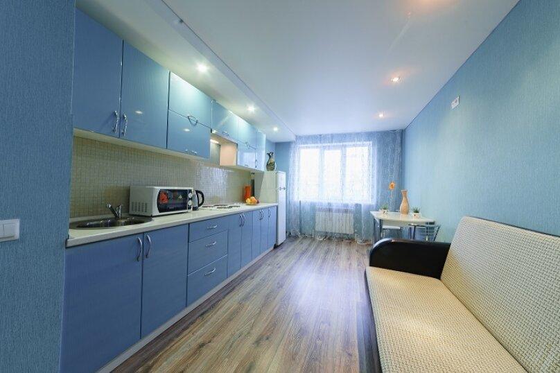 2-комн. квартира, 55 кв.м. на 4 человека, улица Сакко и Ванцетти, 59, Саратов - Фотография 10