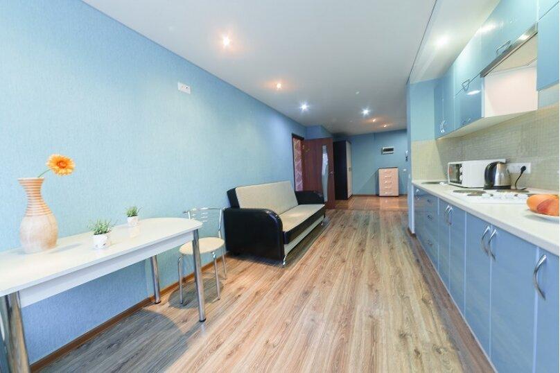 2-комн. квартира, 55 кв.м. на 4 человека, улица Сакко и Ванцетти, 59, Саратов - Фотография 12