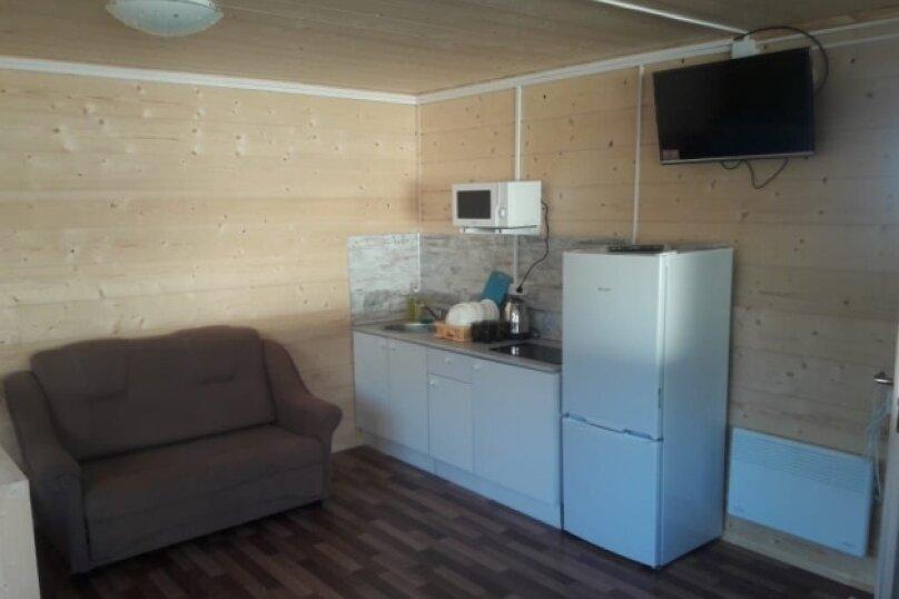 Домик у Онежского озера, 40 кв.м. на 6 человек, 1 спальня, улица Онежской Флотилии, 9А, Петрозаводск - Фотография 5