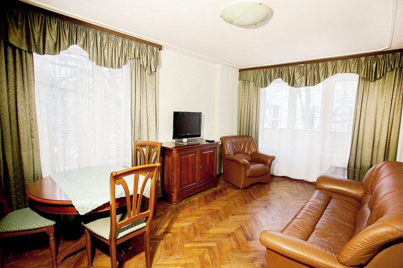 2-комн. квартира, 48 кв.м. на 5 человек, Кропоткинский переулок, 20с1, Москва - Фотография 5