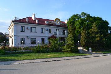 """Гостиница """"Талисман Коктебеля"""", улица Ленина, 97 на 13 номеров - Фотография 1"""