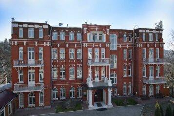 Гостиница, улица Александра Солженицына, 1А на 50 номеров - Фотография 1