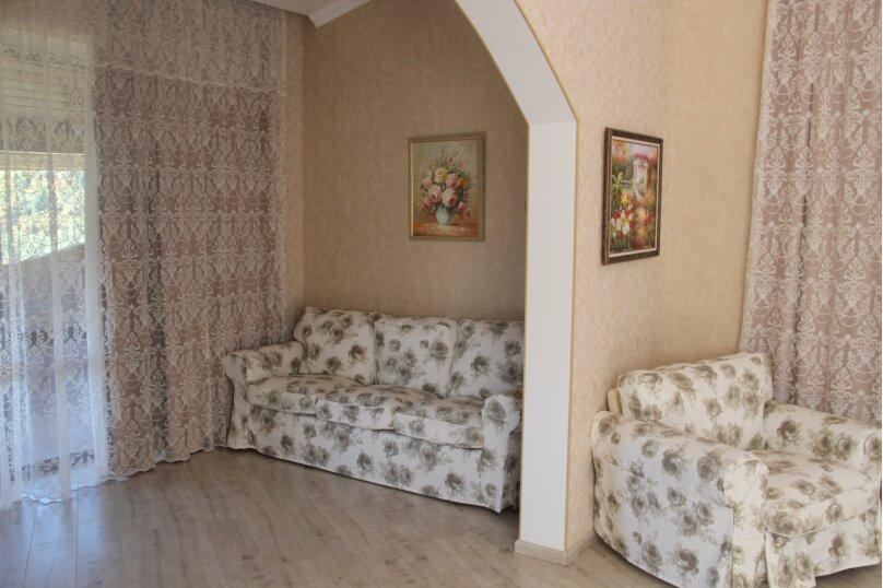Шикарная вилла вблизи Кавказского заповедника, 1000 кв.м. на 12 человек, 7 спален, Ачишховская улица, 74, Красная Поляна - Фотография 63
