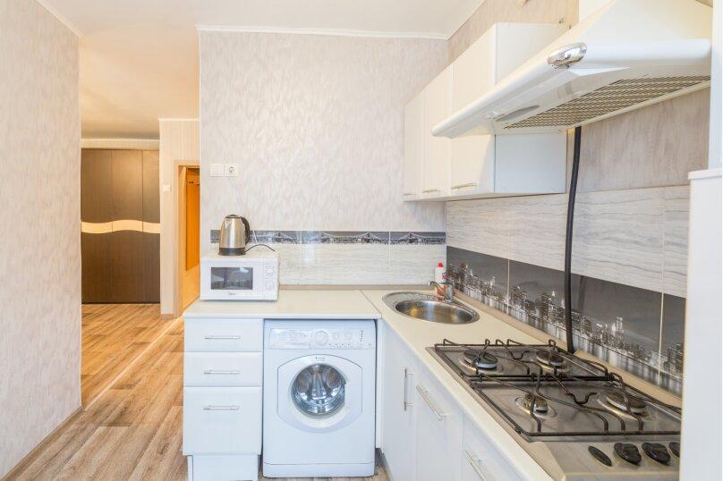 2-комн. квартира, 45 кв.м. на 4 человека, Комсомольский проспект, 24, Пермь - Фотография 8