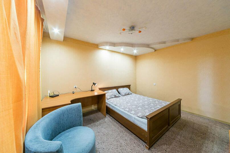 2-комн. квартира, 70 кв.м. на 6 человек, улица Мира, 74, Пермь - Фотография 9