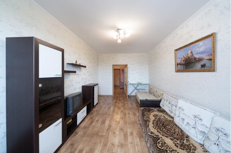 2-комн. квартира, 70 кв.м. на 6 человек, шоссе Космонавтов, 213, Пермь - Фотография 10