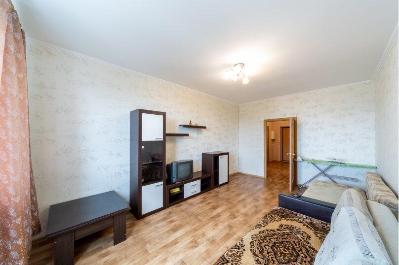 2-комн. квартира, 70 кв.м. на 6 человек, шоссе Космонавтов, 213, Пермь - Фотография 11
