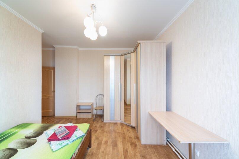 2-комн. квартира, 70 кв.м. на 6 человек, шоссе Космонавтов, 213, Пермь - Фотография 14