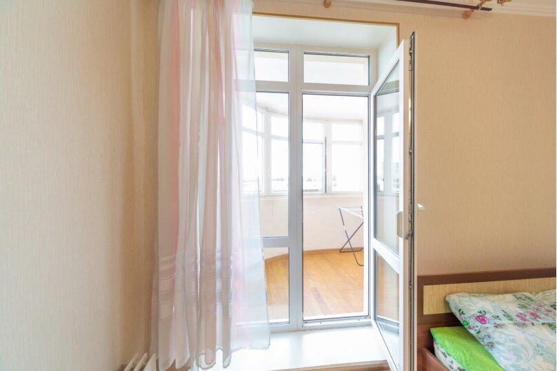 2-комн. квартира, 70 кв.м. на 6 человек, шоссе Космонавтов, 213, Пермь - Фотография 15