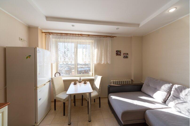 2-комн. квартира, 65 кв.м. на 6 человек, улица Мира, 45, Пермь - Фотография 18