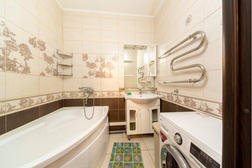 2-комн. квартира, 70 кв.м. на 6 человек, шоссе Космонавтов, 215, Пермь - Фотография 42