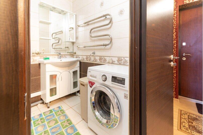 2-комн. квартира, 70 кв.м. на 6 человек, шоссе Космонавтов, 215, Пермь - Фотография 44