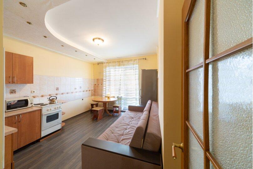 2-комн. квартира, 50 кв.м. на 6 человек, улица Танкистов, 9, Пермь - Фотография 11