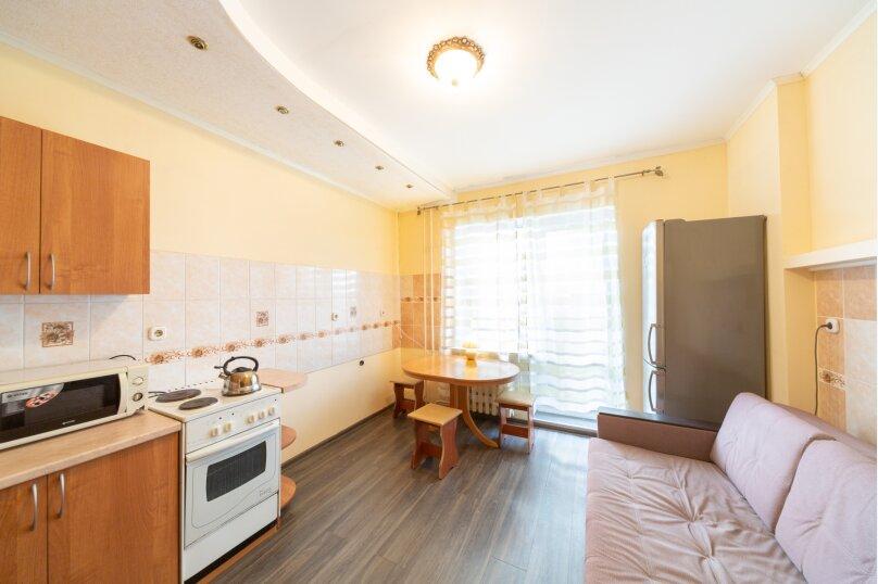 2-комн. квартира, 50 кв.м. на 6 человек, улица Танкистов, 9, Пермь - Фотография 12