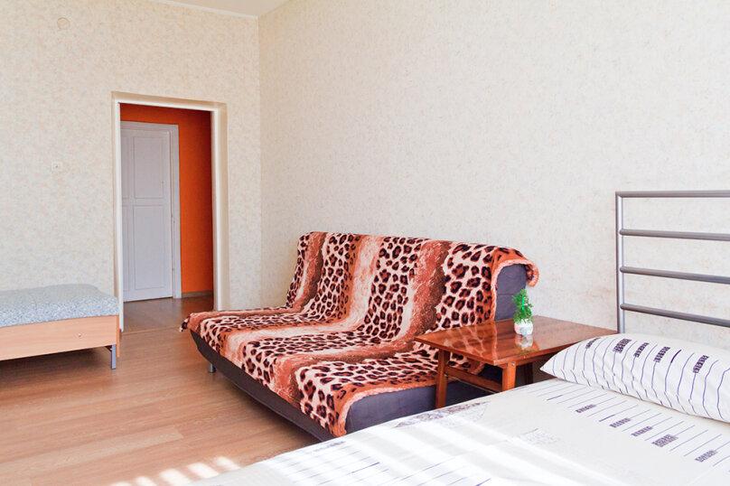 2-комн. квартира, 55 кв.м. на 8 человек, проспект Ленина, 48, Екатеринбург - Фотография 5
