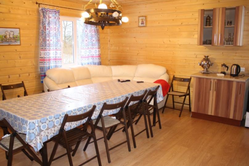 Коттедж, 140 кв.м. на 10 человек, 4 спальни, деревня Новопятницкое, 11А, Кингисепп - Фотография 6