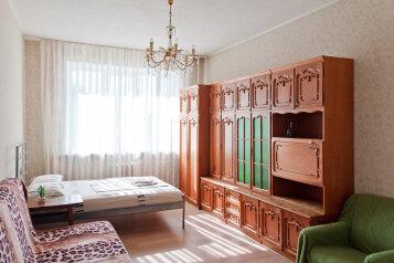 2-комн. квартира, 55 кв.м. на 8 человек, проспект Ленина, 48, Ленинский район, Екатеринбург - Фотография 4