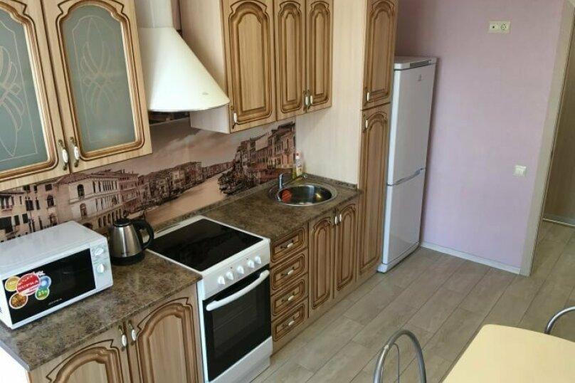 2-комн. квартира, 65 кв.м. на 5 человек, улица Красный Путь, 105к1, Омск - Фотография 5