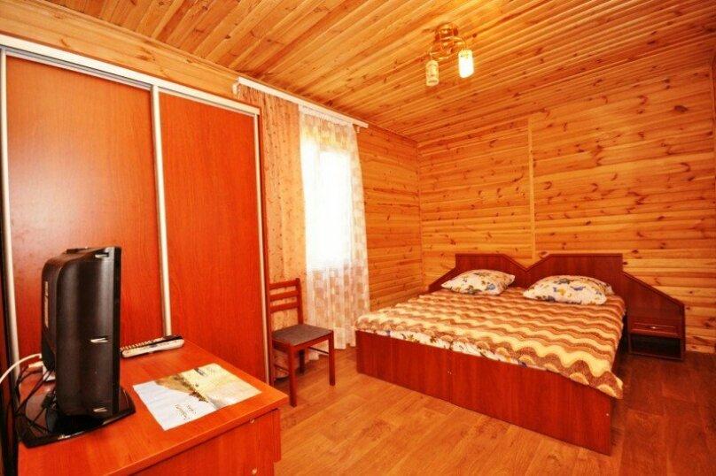 4-х местный коттедж деревянный, СНТ Таврида, уч 160, Новоотрадное - Фотография 1