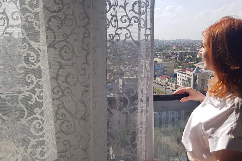 2-комн. квартира, 50 кв.м. на 4 человека, улица Будённого, 129, Краснодар - Фотография 2
