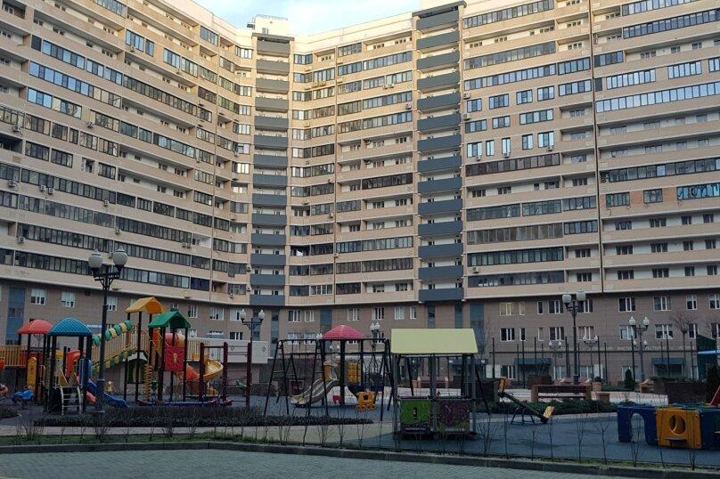 2-комн. квартира, 50 кв.м. на 4 человека, улица Будённого, 129, Краснодар - Фотография 12