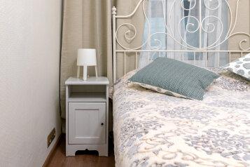 3-комн. квартира, 76 кв.м. на 8 человек, улица Чайковского, 15, Санкт-Петербург - Фотография 1