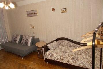 2-комн. квартира, 51 кв.м. на 5 человек, улица Маршала Тухачевского, 37, Санкт-Петербург - Фотография 1