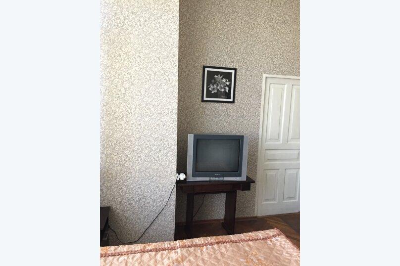 """Гостевой дом """"У Заура"""", 1-й тупик улицы Мушни Хварцкия, 8 на 5 комнат - Фотография 14"""