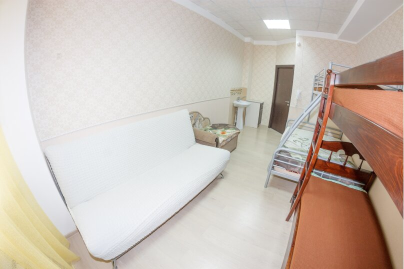 4-комн. квартира, 80 кв.м. на 10 человек, Дальняя улица, 8, Нижний Новгород - Фотография 4