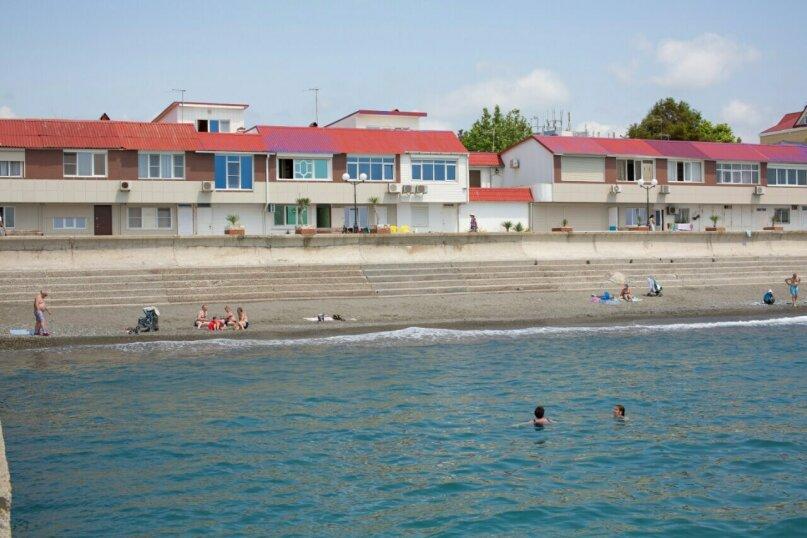 2-х местный номер с видом на море, улица Просвещения, 122к1, Адлер - Фотография 9