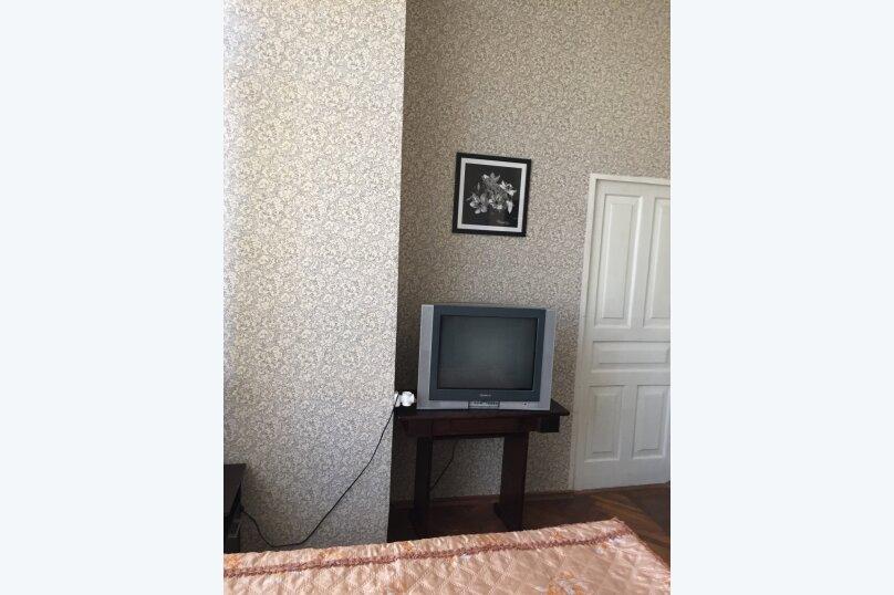 """Гостевой дом """"У Заура"""", 1-й тупик улицы Мушни Хварцкия, 8 на 5 комнат - Фотография 23"""