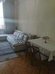 3-комн. квартира, 80 кв.м. на 8 человек, Мытнинская набережная, 9, Санкт-Петербург - Фотография 1