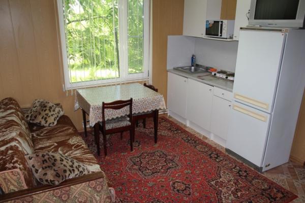Дом, 30 кв.м. на 6 человек, 2 спальни